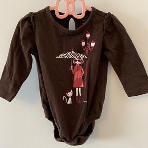 5/$20 Brown onsie with cute picture